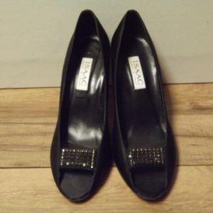Isaac Mizrahi black heels - size 8